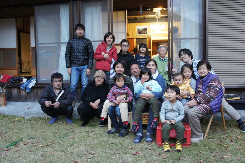 早川古民家-納屋解体イベント-集合写真
