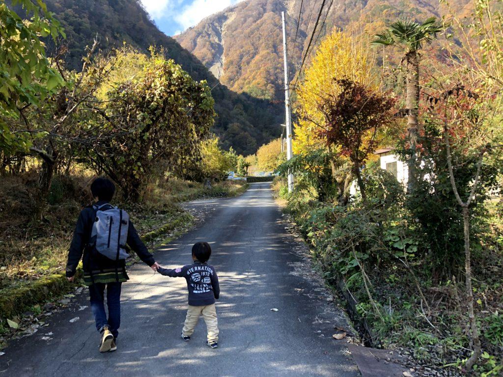 早川町古民家解体イベント-散策1